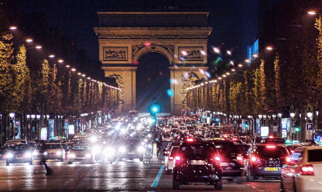 Champs-Élysées Encore