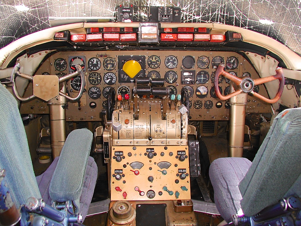 Martin 404 Cockpit